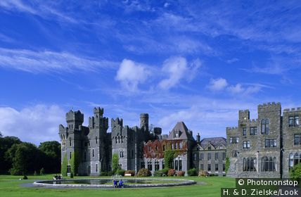 Europe, Great Britain, Ireland, Co. Mayo, Ashford Castle near Cong