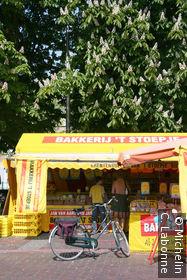 Vendeur ambulant de pâtisserie