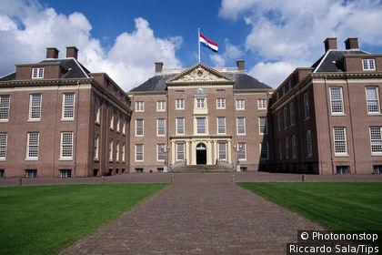 Netherlands, Apeldoorn, Paleis Het Loo, castle