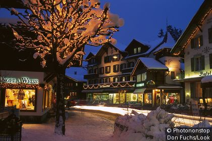 Gstaad at night with Christmas decorations, Ski Region Gstaad, Berne, Switzerland