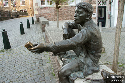 Statue dans le vieux Maastricht