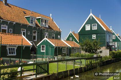 Pays Bas, Marken, maisons en bois