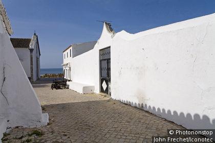 Portugal, Algarve, Cacela Velha, ruelle du village