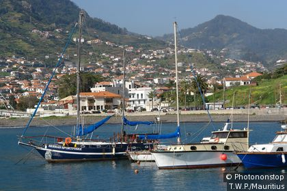 Portugal, island Madeira, Machico, harbor, boats, lake, coast-landscape, coast, coast-city, city view, sailboats, motorboats, hills, anchors mountains,