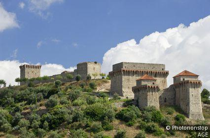 Portugal, Santarém, Estremadura, Ribatejo, Costa da Prata - Ourem medieval castle near Fatima