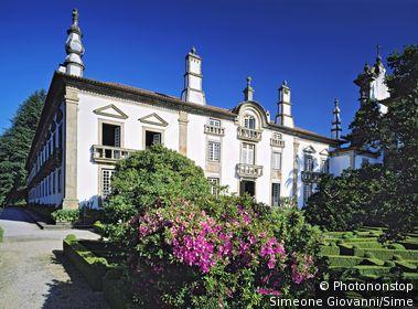 Portugal, Vila Real, Vila Real, Douro, Trás-os-Montes e Alto Douro - Mateus palace, park and palace