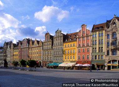 Poland, Silesia, Wroclaw, market place, gable-houses, low-Silesia, Breslau, old part of town, houses, residences, buildings, patrician-houses, facades, differently-colorfully, colorfully, architecture, sight, destination, tourism,