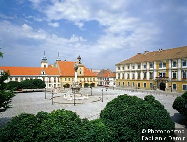Croatie, Slavonie, Osijek, Zone Méditerranéenne - The main square in the Tvrda