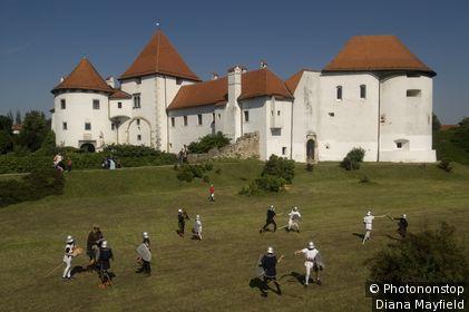 Schoolchildren re-enacting battles in front of Stari Grad castle.