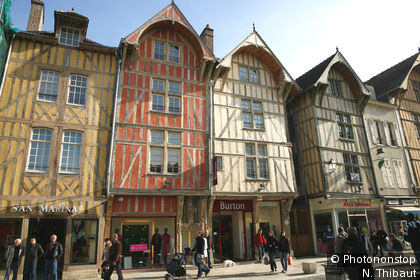 Troyes, maisons à colombage, rue Emile Zola
