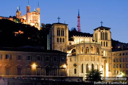 Vieux Lyon, Cathédrale St-Jean, Basilique Notre Dame de Fourviere et Tour de l'Observatoire.