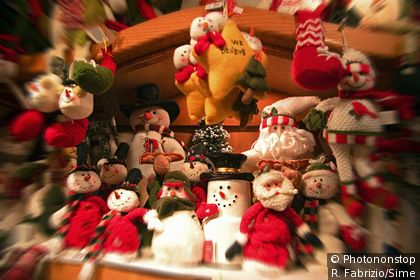 Christmas dolls in a New York shop window