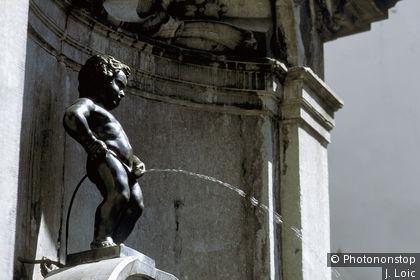 Fontaine statue du Manneken Pis