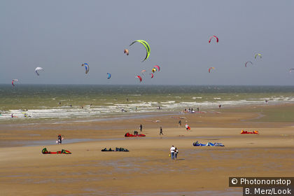 Kitesurfing on Wissant Beach on the Côte d'Opale