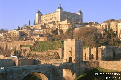 Vue sur la ville de Toledo et l'Alcazar