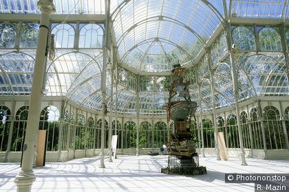 Intérieur du palis de Cristal dans le Parc El Retiro