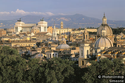 Rome, view of the Capitol, Vittorio Emmanuele Monument, hill in the background