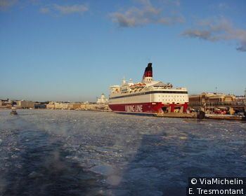 Le port d'Helsinki sous les glaces de janvier