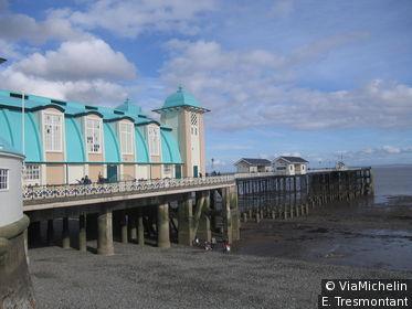 La station de Penarth est située juste en face de Cardiff