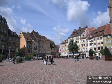 La place de la Réunion est le cœur de Mulhouse
