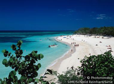 Cuba / Holguin / Guardalavaca / Beach