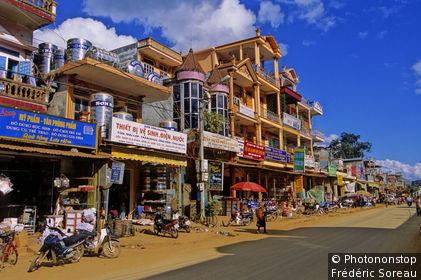 Vietnam, Région Nord-Ouest, ville de Son La, rue