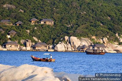 Vietnam, province de Khanh Hoa, Nha Trang, promenade en bateau sur un lac.