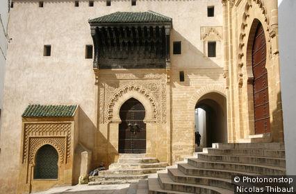 Maroc, Salé (Rabat), porte de la medersa et porte de la grande mosquée, dans la médina (14e siecle)