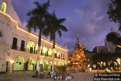 Square with City Hall, Veracruz, Mexico
