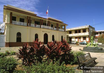 Guadeloupe, Basse Terre, Ste-Rose, hotel de ville