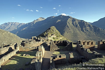 Peru, Cuzco area, Crow Valley, Pisac, ruin of Inca city