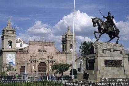 Peru, Ayacucho, town square