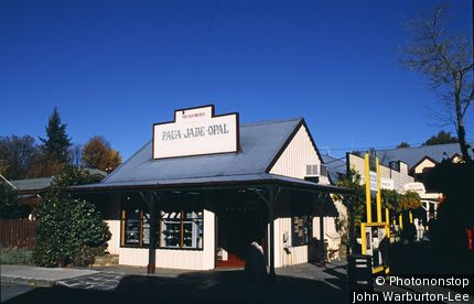 New Zealand;South Island;Queenstown - Traditional architecture of wooden Opal & Jade shop in Arrowtown