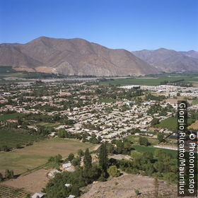 Chile, Valle Del Rio Elqui Vicuña city-overview wine-growing landscape, mountains, South America, small north, Elqui-Tal, Vicuna, city, birthplace Gabriela mistral agriculture valley fertile irrigation, wine-growing-area, grapevines