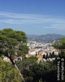 La colline du château offre un beau panorama sur la ville