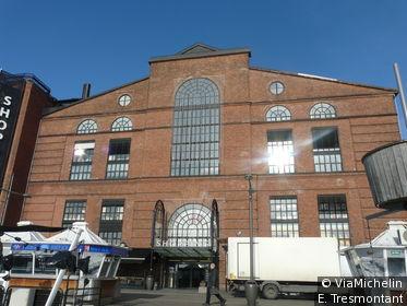 Les anciens docks en briques rouges d'Akker Brygge ont été restaurés et abritent aujourd'hui des boutiques, des restaurants, des cinémas…
