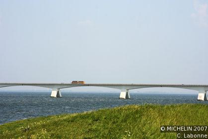 Zeelandbrug (Zeeland bridge)