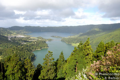 Sete Cidades and the west of the island