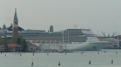 Arriving Venice - Minoan Oct 11