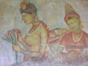 Les Demomiselles, fresques peintures sur la roche, à mi-hauteur