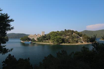 Monastère  à Mljet