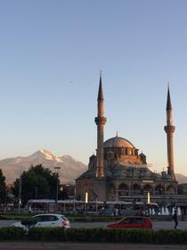 Erciyes von Kayseri aus gesehen