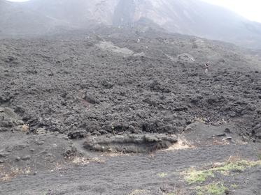 volcan Pacaya, coulée lave