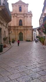 Scicli - Via Mornino Penna - Chiesa di San Michele Arcangelo