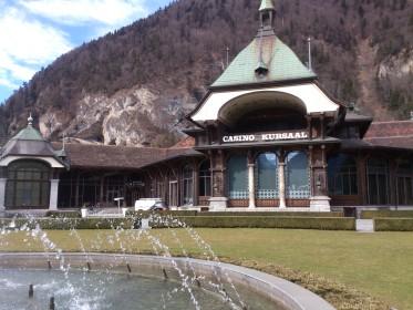Höheweg - Kursaal with fountain