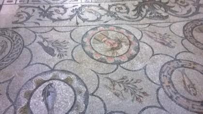 Mosaikfußboden