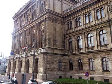 Magyar Tudományos Akadémia (Hungarian Academy of Sciences) - Széchenyi István tér 9 (former Roosevelt tér)
