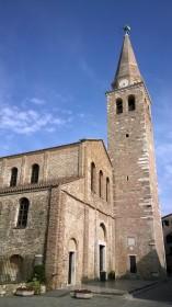 Außenansicht Basilika
