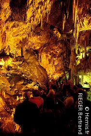 Médous Cave