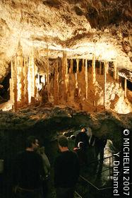 Grotte von Han